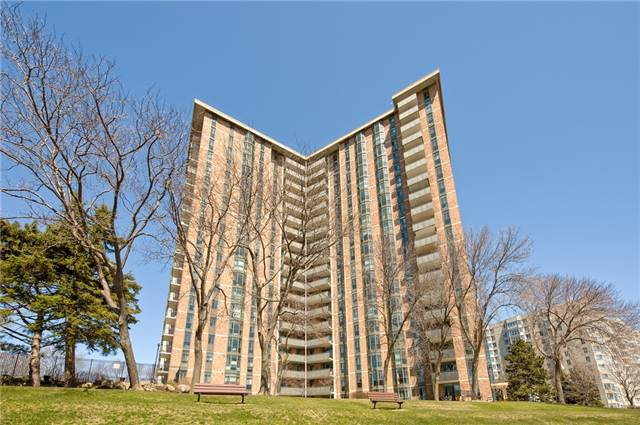 For Sale: 1703 - 5250 Lakeshore Road, Burlington, ON | 2 Bed, 2 Bath Condo for $638,000. See 20 photos!