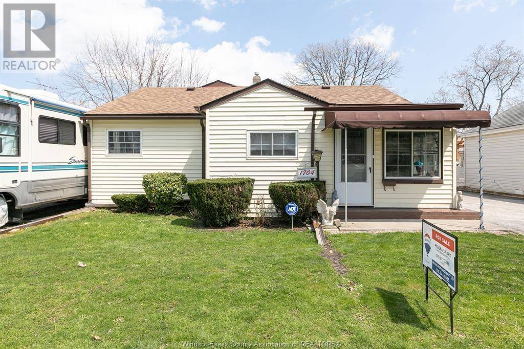 House for sale at 1704 Ford Blvd Windsor Ontario - MLS: 20004650
