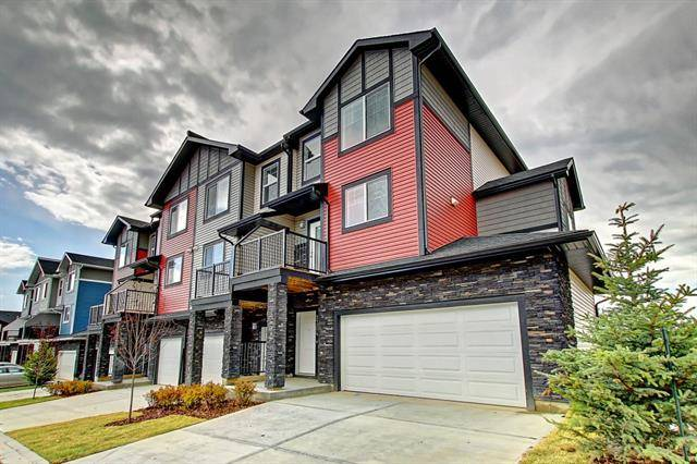Townhouse for sale at 1704 Jumping Pound Common Cochrane Alberta - MLS: C4224244