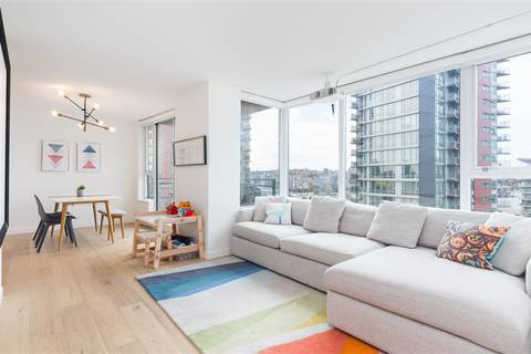 Condo for sale at 33 Smithe St Unit 1705 Vancouver British Columbia - MLS: R2411281