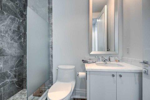 Apartment for rent at 55 Scollard St Unit 1705 Toronto Ontario - MLS: C4973083