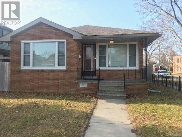 House for rent at 1705 Windermere  Windsor Ontario - MLS: 20001199