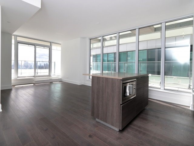 For Sale: 1707 - 200 Bloor Street, Toronto, ON | 2 Bed, 2 Bath Condo for $1,495,000. See 20 photos!
