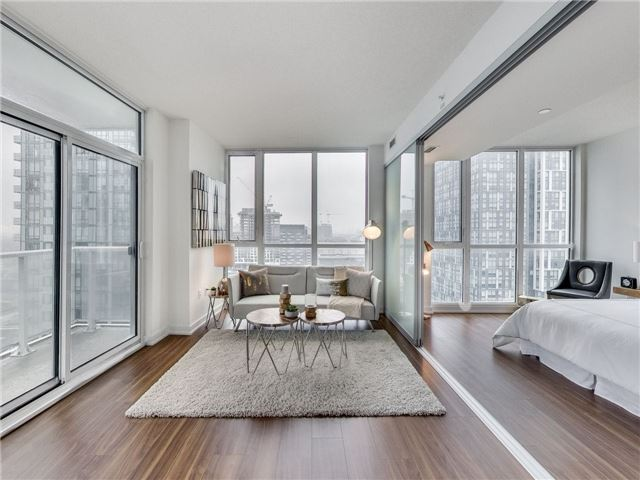 Sold: 1707 - 85 Queens Wharf Road, Toronto, ON