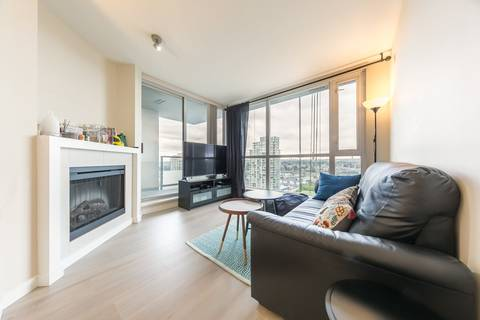 Condo for sale at 4888 Brentwood Dr Unit 1708 Burnaby British Columbia - MLS: R2368263