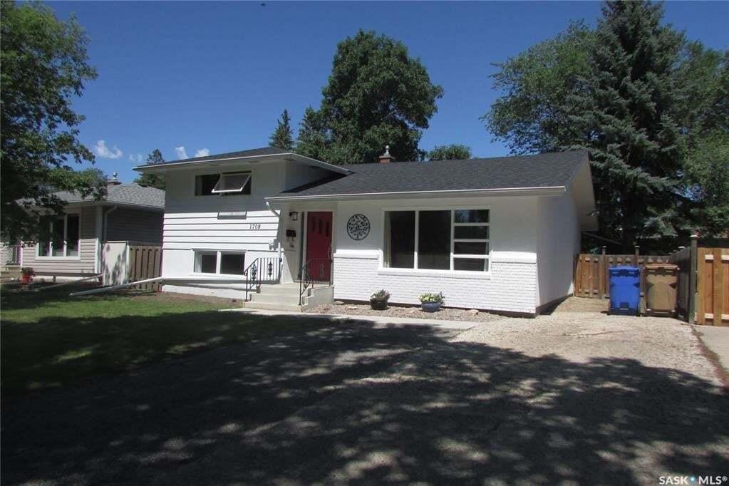 House for sale at 1708 Grant Dr Regina Saskatchewan - MLS: SK815199