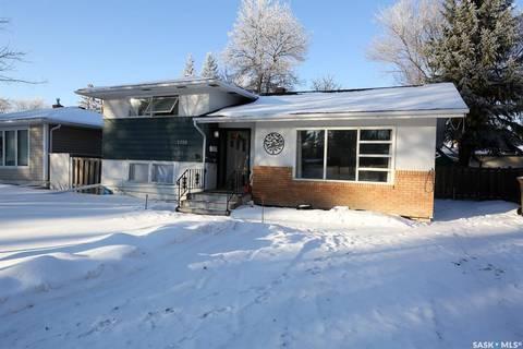 House for sale at 1708 Grant Dr Regina Saskatchewan - MLS: SK798160
