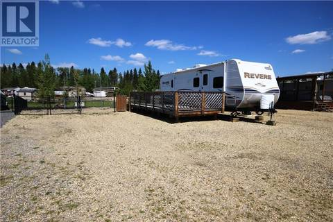 Residential property for sale at 10046 Township Rd Unit 171 Rural Ponoka County Alberta - MLS: ca0162265