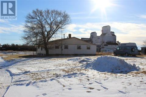 Residential property for sale at 171 4th St W Shaunavon Saskatchewan - MLS: SK793592