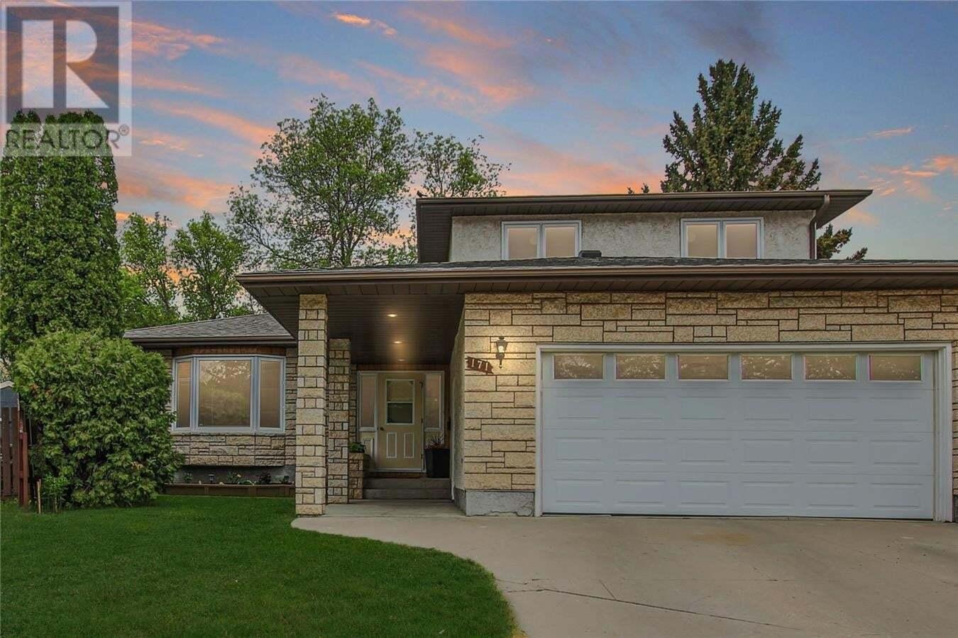 House for sale at 171 Merlin Cres Regina Saskatchewan - MLS: SK809918