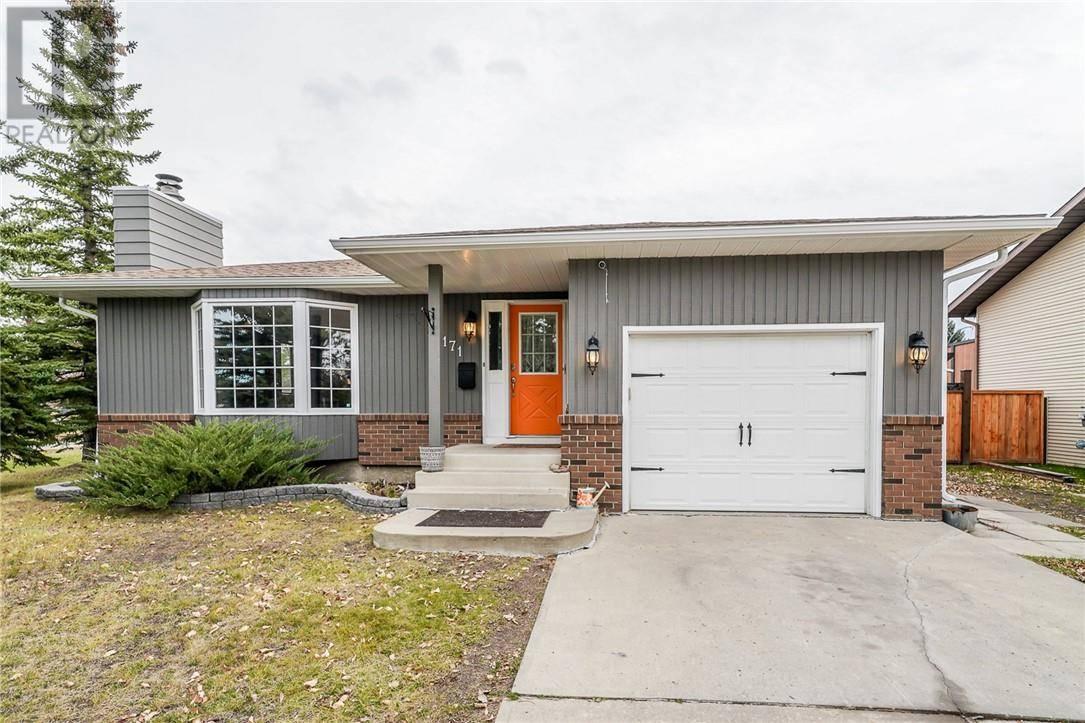 House for sale at 171 Metcalf Ave Red Deer Alberta - MLS: ca0188800