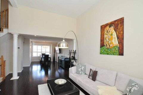 Townhouse for rent at 171 Shirley Dr Richmond Hill Ontario - MLS: N4998840