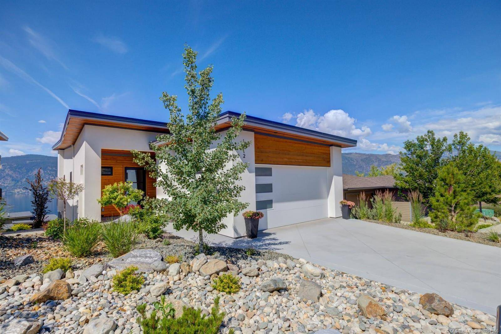 1712 Slateview Crescent, Lake Country | Image 1