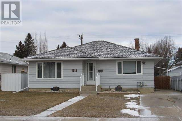 House for sale at 1713 15 Ave S Lethbridge Alberta - MLS: ld0193937