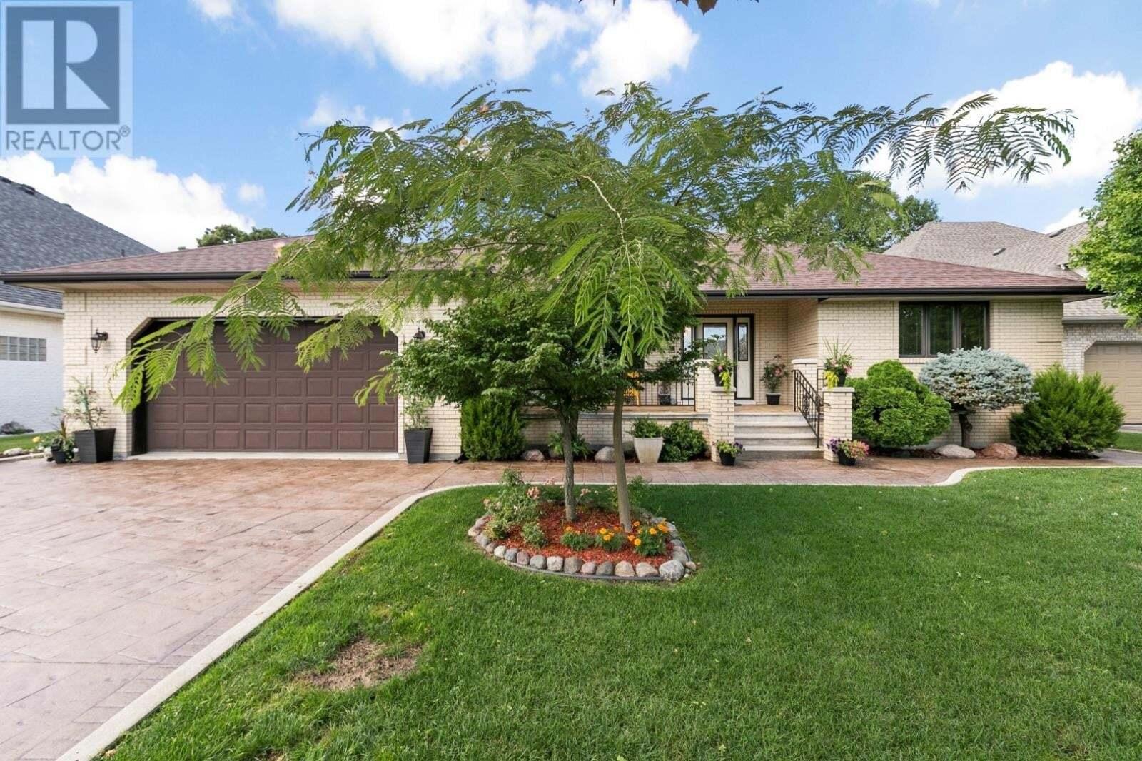House for sale at 1715 Calvary  Tecumseh Ontario - MLS: 20009784