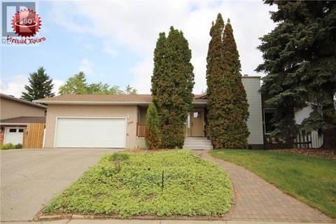 House for sale at 1715 Gregory Dr North Battleford Saskatchewan - MLS: SK768578
