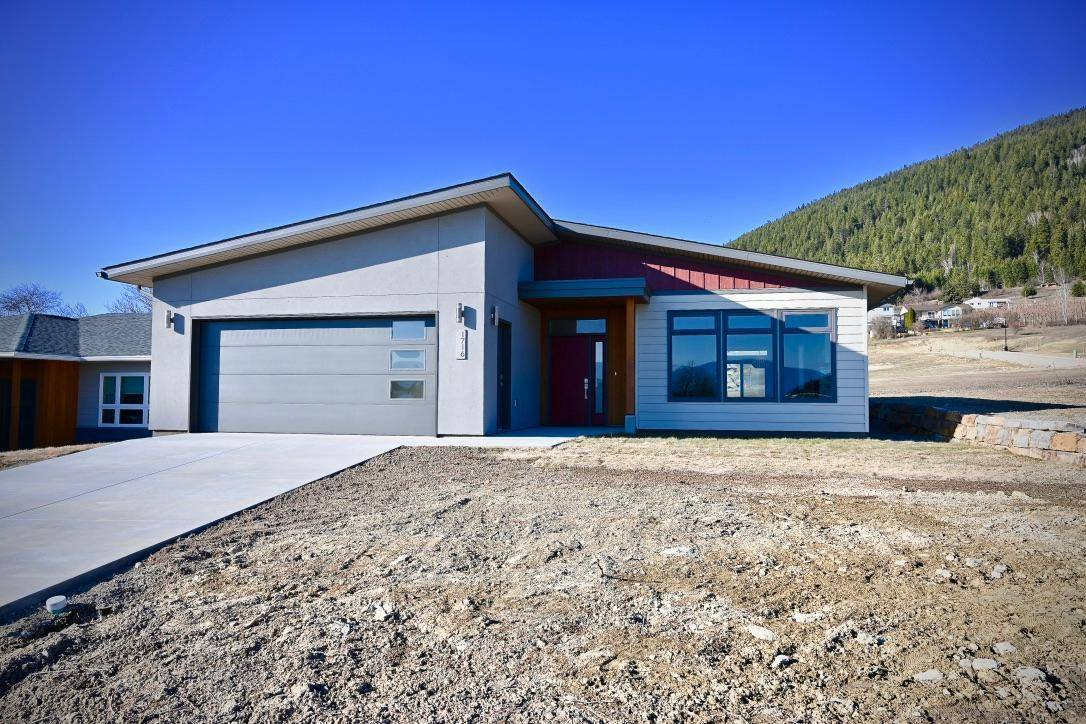House for sale at 1716 Murdoch Street  Creston British Columbia - MLS: 2451070