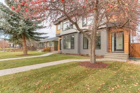 Townhouse for sale at 1718 48 Ave Southwest Calgary Alberta - MLS: C4223013