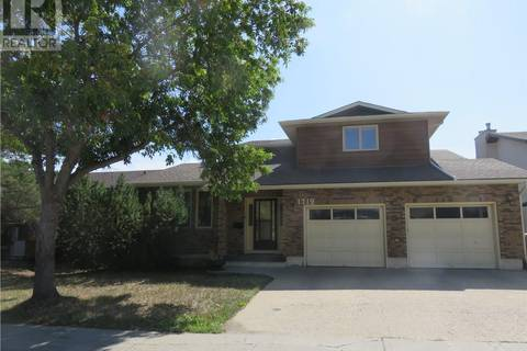 House for sale at 1719 Sinclair St E Regina Saskatchewan - MLS: SK755118