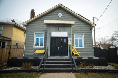 Home for sale at 172 Niagara St St. Catharines Ontario - MLS: 30711574