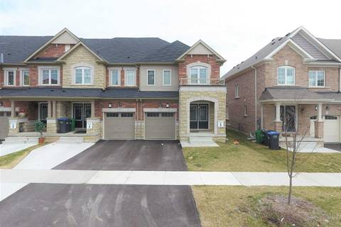 Townhouse for sale at 172 Golden Springs Dr Brampton Ontario - MLS: W4451087