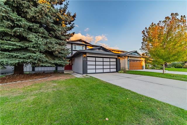 Sold: 172 Parkview Way Southeast, Calgary, AB