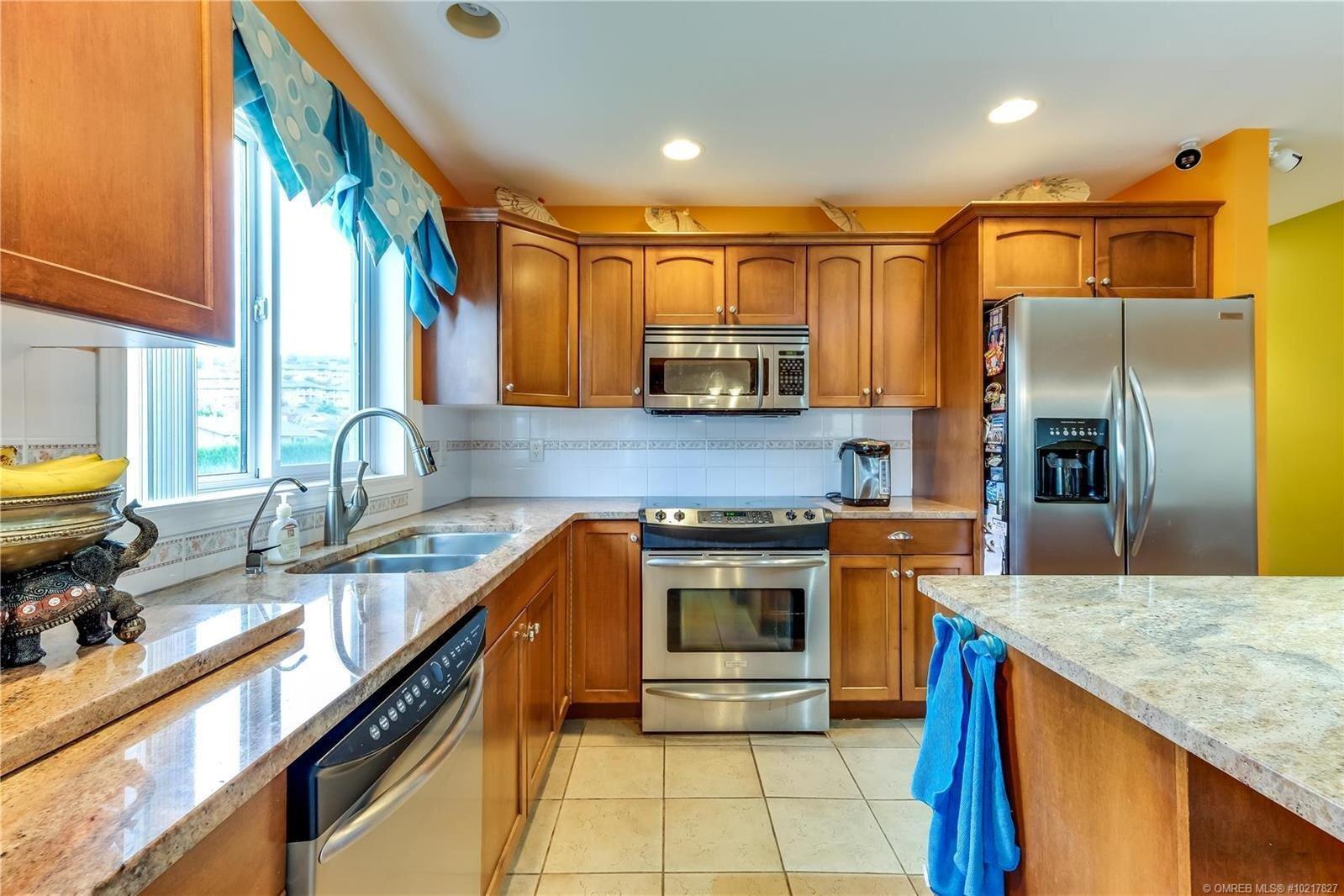 House for sale at 172 Surel Ct Kelowna British Columbia - MLS: 10217827