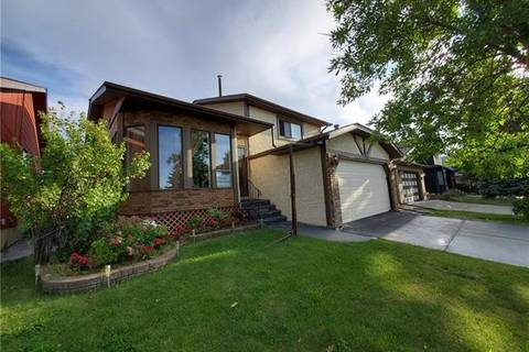 House for sale at 172 Whitehaven Rd Northeast Calgary Alberta - MLS: C4261264