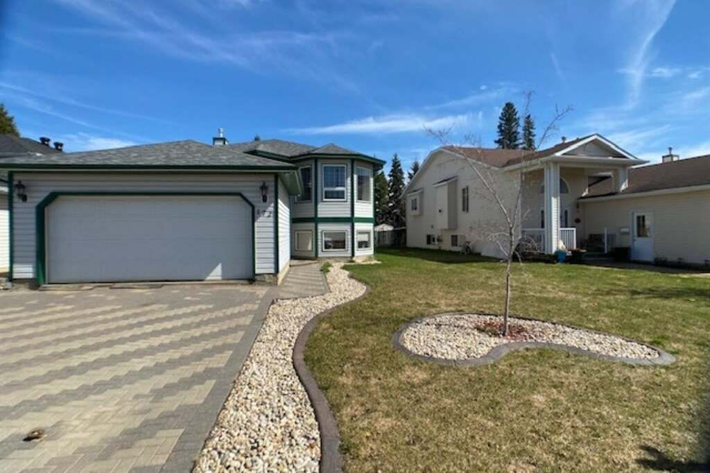 House for sale at 172 Williams Dr Fort Mcmurray Alberta - MLS: FM0190739