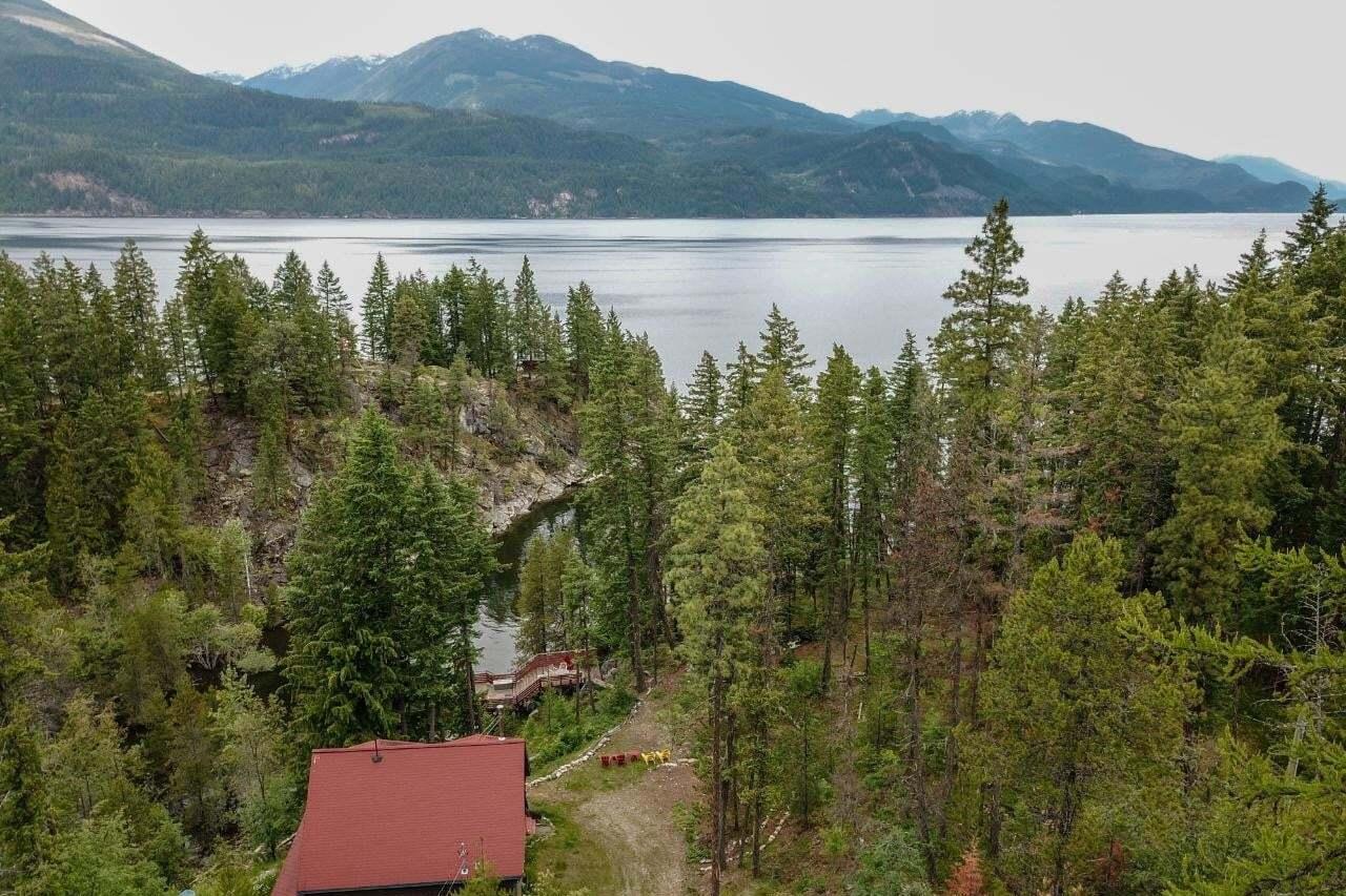House for sale at 17206 Pilot Bay Road  Kootenay Bay British Columbia - MLS: 2451831