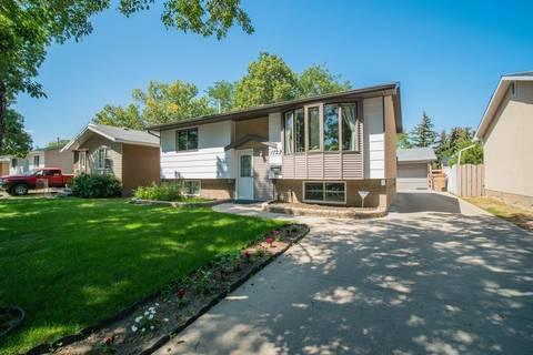 House for sale at 1722 7th Ave E Regina Saskatchewan - MLS: SK783249