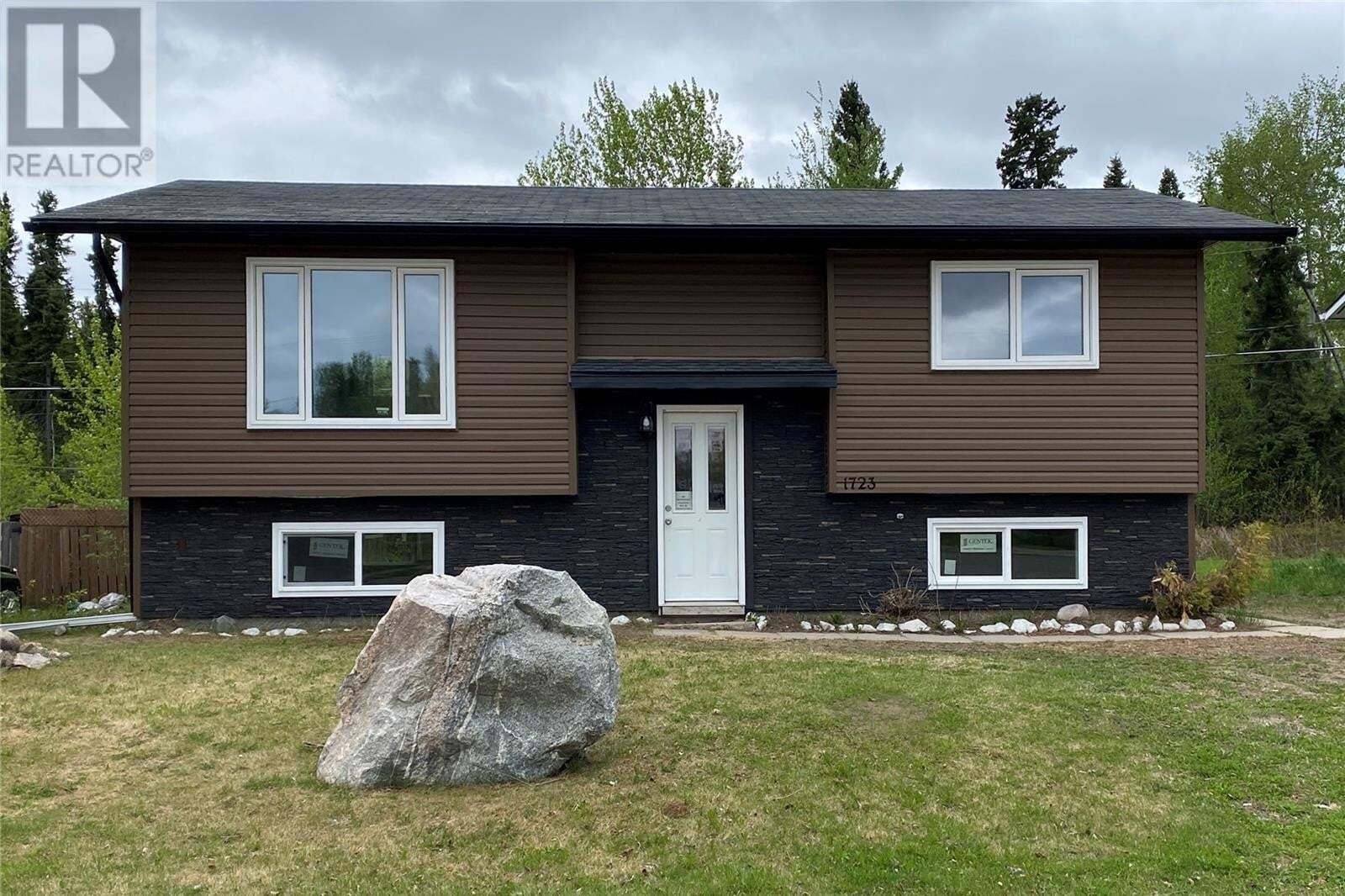 House for sale at 1723 Studer St La Ronge Saskatchewan - MLS: SK810525