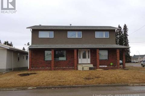 House for sale at 1724 49 St Edson Alberta - MLS: 49265