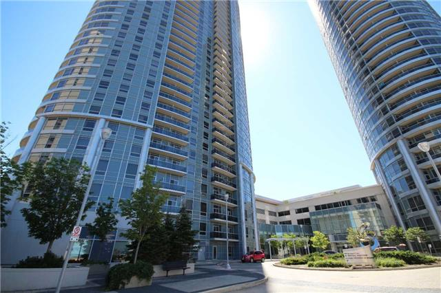 Sold: 1726 - 135 Village Green Square, Toronto, ON