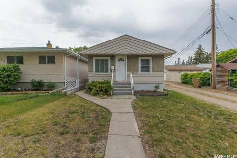 House for sale at 1726 Lacon St Regina Saskatchewan - MLS: SK776444