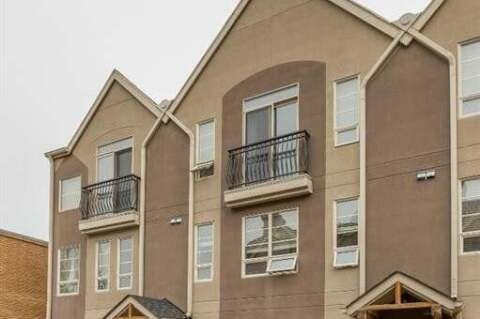 Townhouse for sale at 1729 34 Ave SW Calgary Alberta - MLS: A1018422
