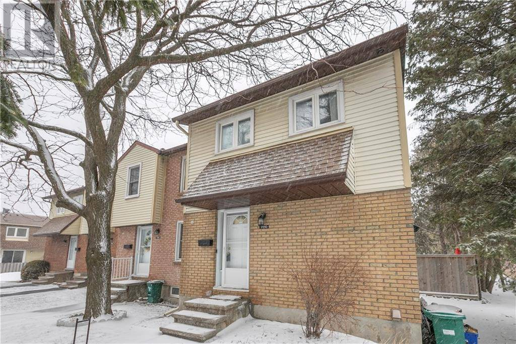 Townhouse for sale at 1729 Lamoureux Dr Orleans Ontario - MLS: 1187317