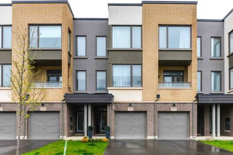 Townhouse for sale at 173 Sabina Dr Oakville Ontario - MLS: W4441816