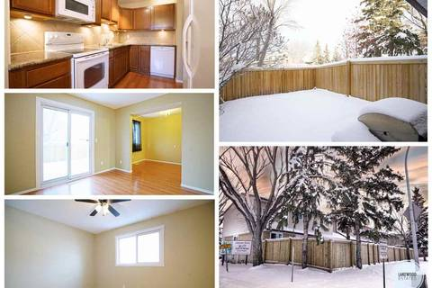 Townhouse for sale at 1735 Lakewood Rd Nw Edmonton Alberta - MLS: E4149777