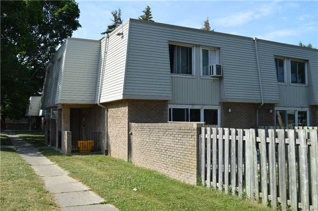 Sold: 174 - 17 Old Pine Trail, St Catharines, ON