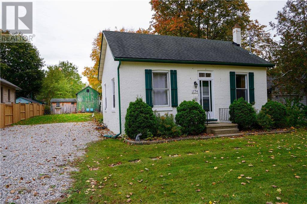 House for sale at 174 Campbell St Strathroy Ontario - MLS: 229231