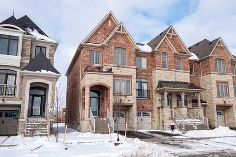 Townhouse for sale at 174 Farooq Blvd Vaughan Ontario - MLS: N4689341