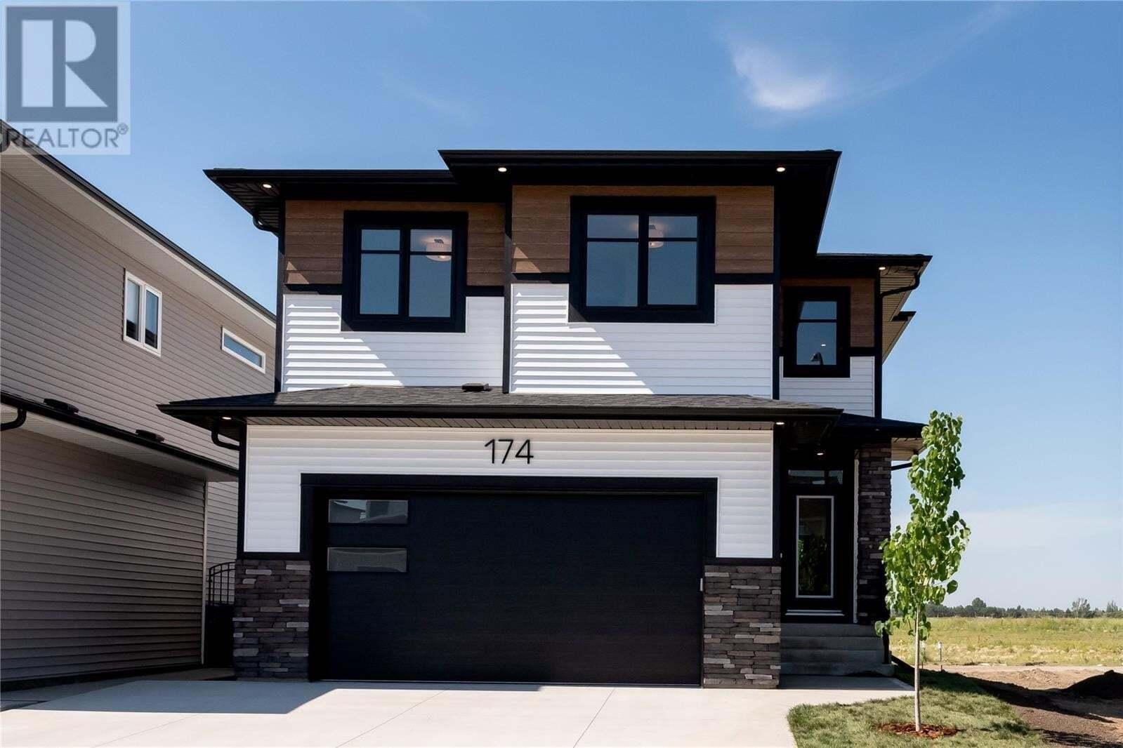 House for sale at 174 Germain Ct Saskatoon Saskatchewan - MLS: SK818850