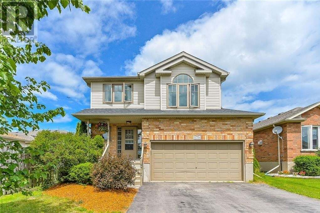 House for sale at 174 Milligan St Fergus Ontario - MLS: 30817821