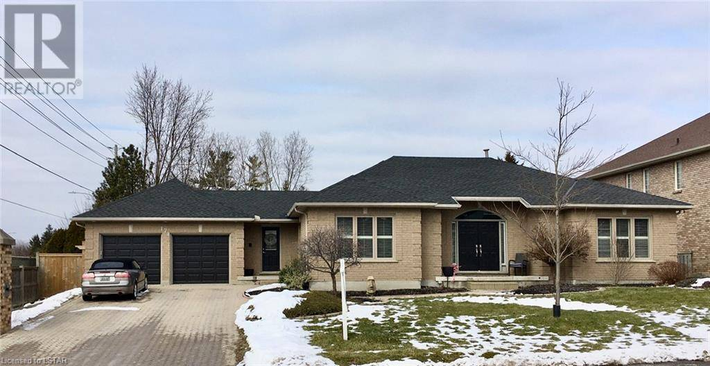 House for sale at 174 Whiteacres Dr London Ontario - MLS: 242369