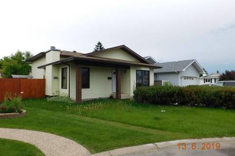 House for sale at 17407 95a St Nw Edmonton Alberta - MLS: E4161492