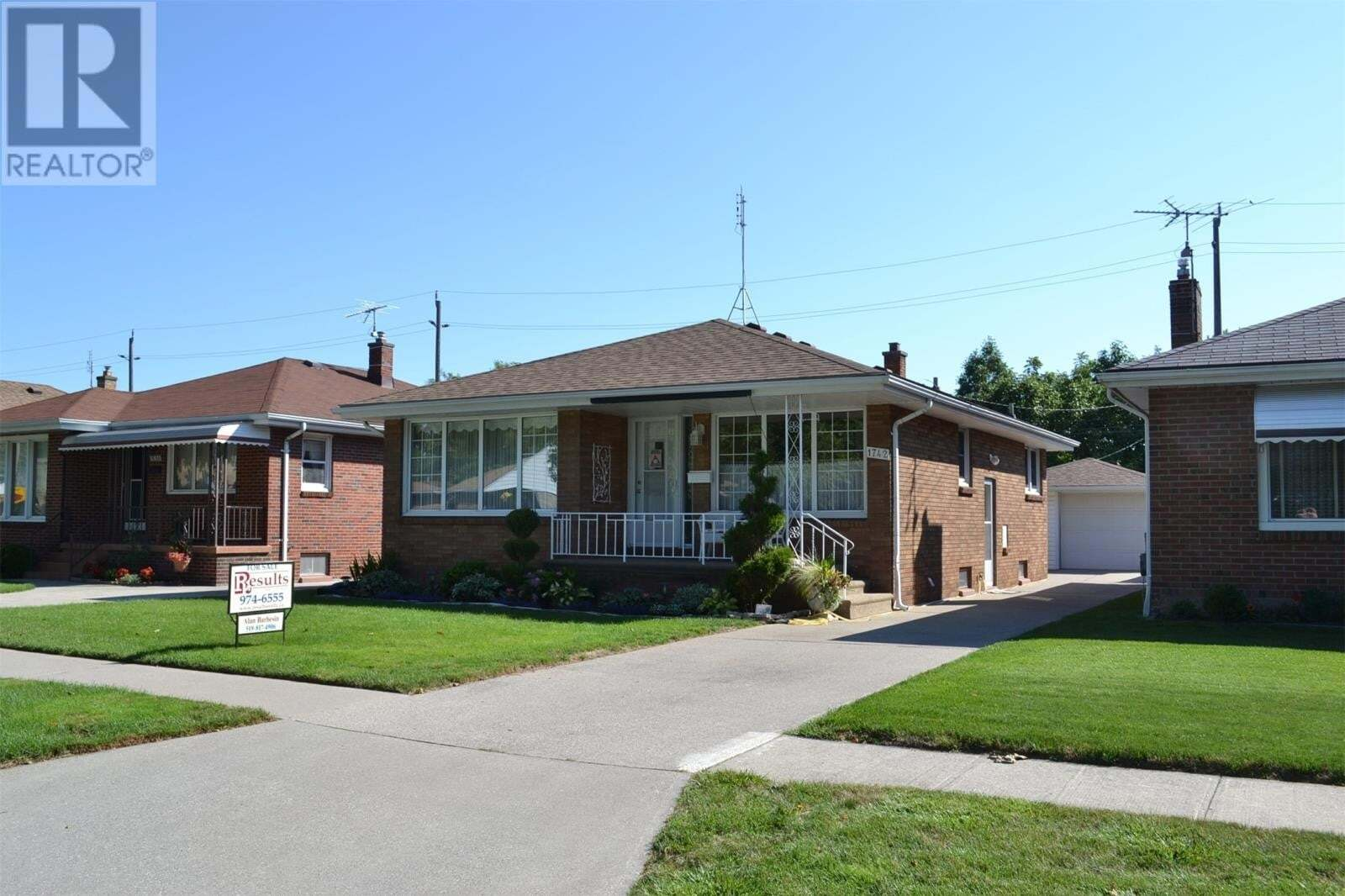 House for sale at 1742 Chandler Rd Windsor Ontario - MLS: 20009677