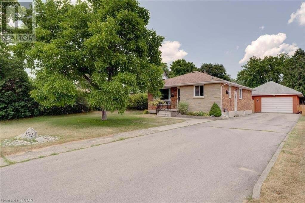 House for sale at 1742 Trafalgar St London Ontario - MLS: 273166