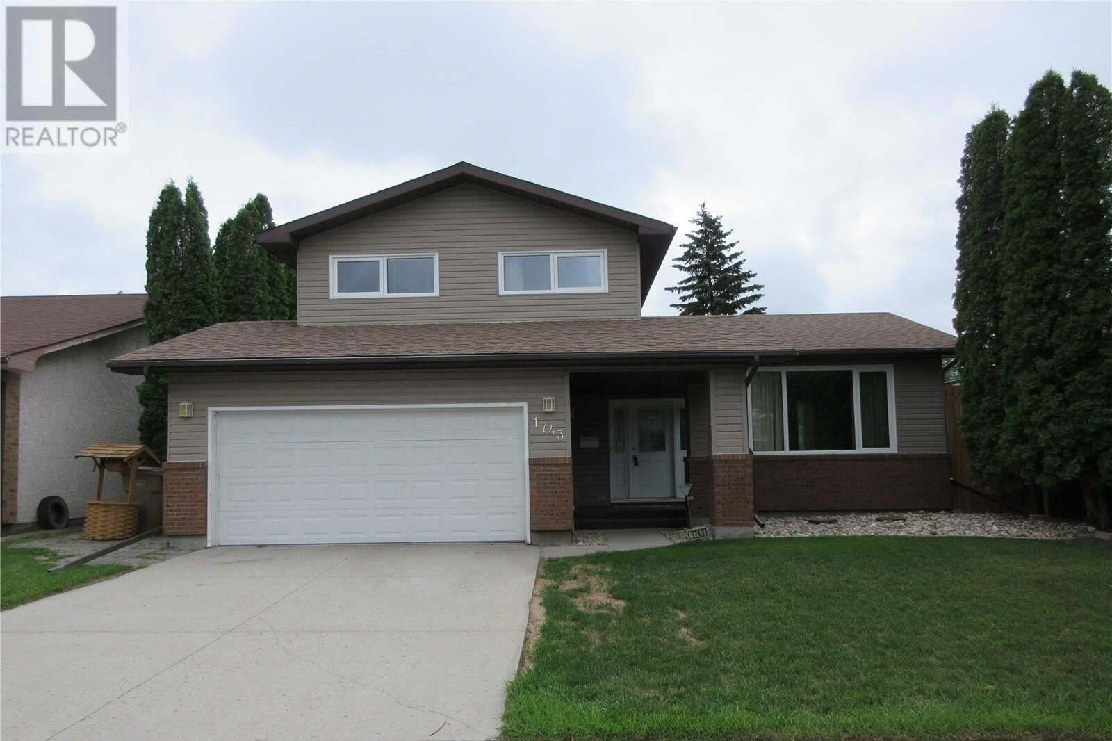House for sale at 1743 Blair By E Regina Saskatchewan - MLS: SK816824