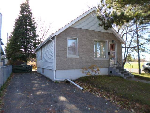 House for sale at 1746 Donald St E Thunder Bay Ontario - MLS: TB193549